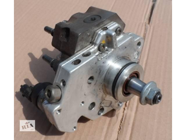 купить бу Топливный насос высокого давления Рено Мастер Renault Master Опель Мовано Opel Movano 2.5 2003-2010 в Ровно