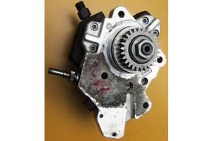 б/у Топливные насосы высокого давления/трубки/шестерни Nissan Primastar груз.