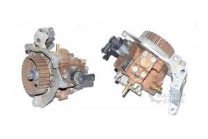 б/у Топливные насосы высокого давления/трубки/шестерни Ford C-Max