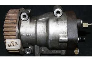 б/у Топливный насос высокого давления/трубки/шест Renault Kangoo