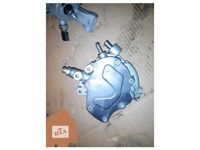купить бу  Топливный насос высокого давления/трубки/шест для легкового авто Volkswagen T5 (Transporter) в Киеве