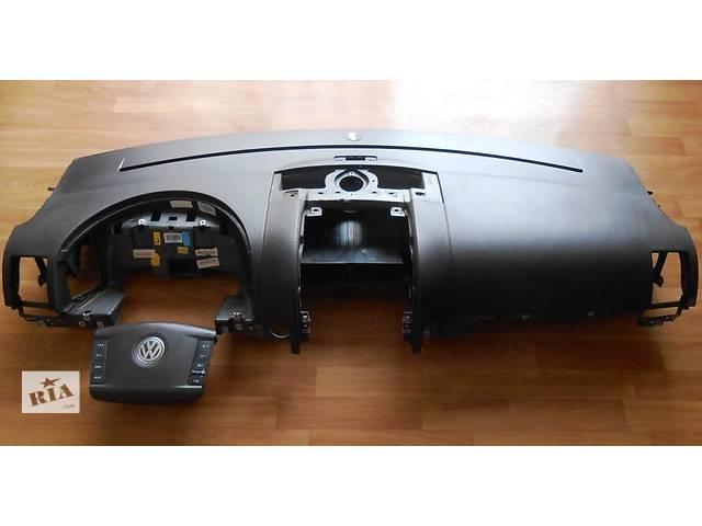 продам Торпеда накладка панель Volkswagen Touareg Фольксваген Туарег 2003-2009 бу в Ровно