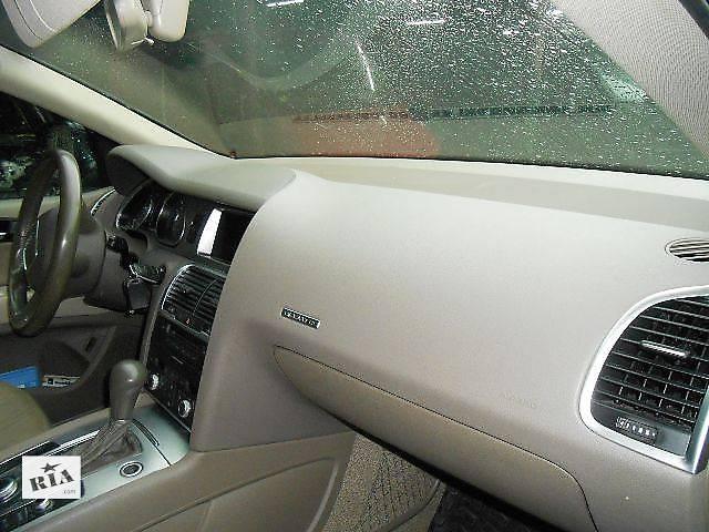 бу Торпедо/накладка Audi Q7 Ауди К7 Ауди Кю7 в Ровно
