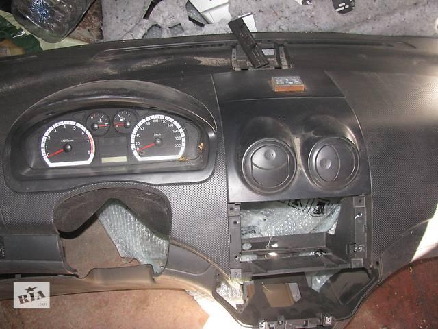 бу  Торпедо/накладка для легкового авто Chevrolet Aveo в Днепре (Днепропетровске)