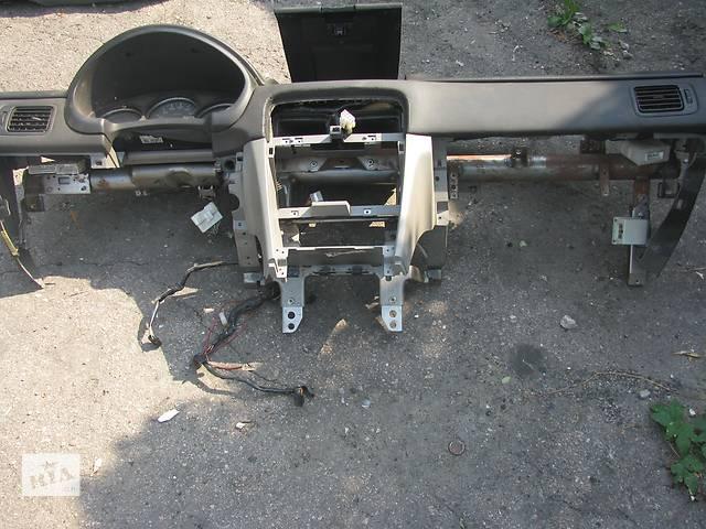 купить бу  Торпедо/накладка для легкового авто Subaru Forester в Днепре (Днепропетровске)