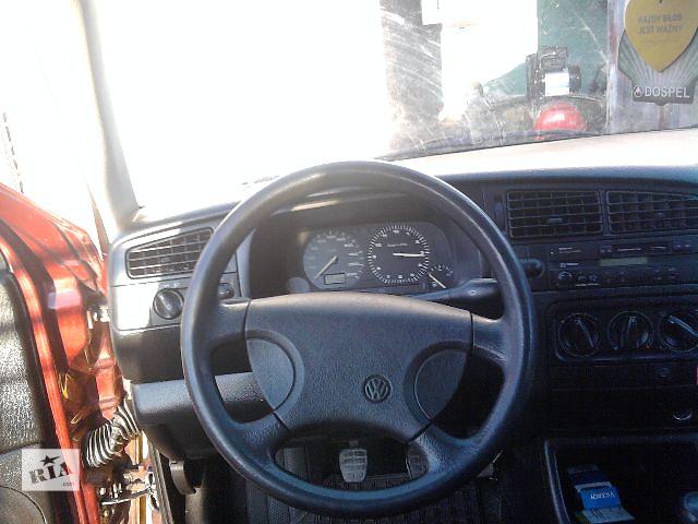 бу  Торпедо/накладка для легкового авто Volkswagen Golf IIІ в Львове