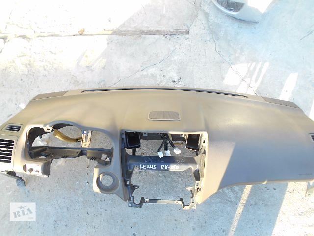 продам торпедо/накладка для Lexus RX 300, 2003 бу в Львове