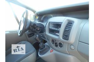 б/у Торпедо/накладка Opel Vivaro груз.