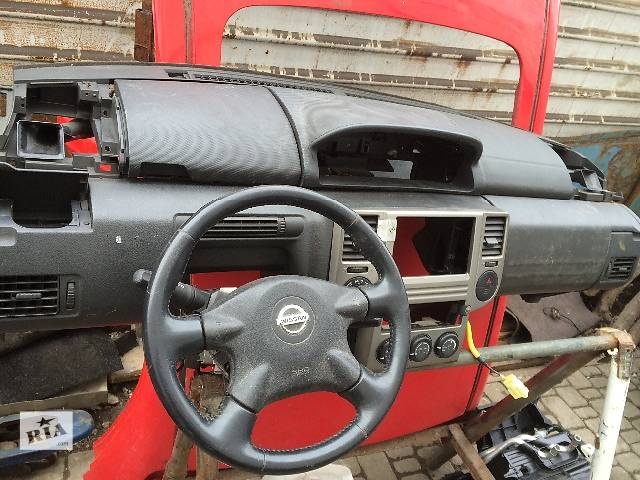 бу  Торпедо/накладка Nissan X-Trail Ниссан икс трейл 2005 панель с подушкой безопасности в сборе в Тернополе