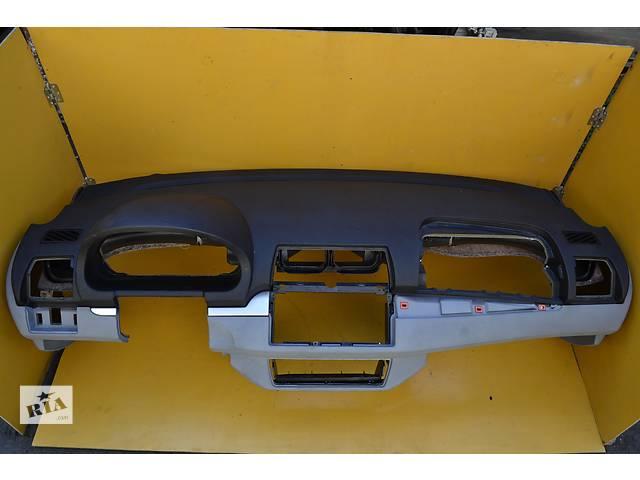 бу  Торпедо/накладка Торпеда Передня панель BMW X5 БМВ Х5 Е53 е53 в Ровно