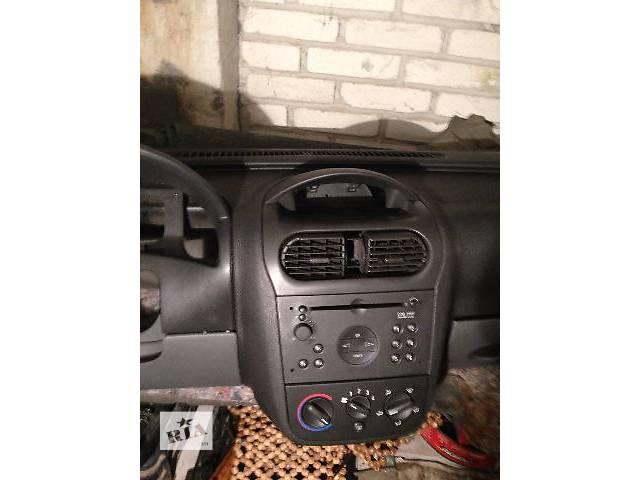 Торпедо/накладка Opel Combo (Corsa)  груз.- объявление о продаже  в Львове