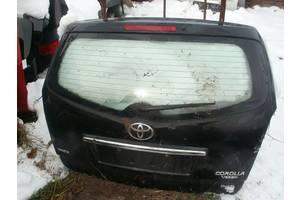 Крышка багажника Toyota Corolla Verso