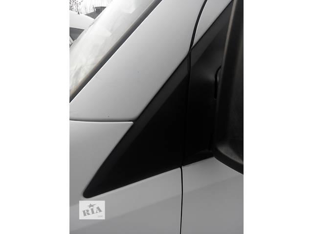 купить бу Треугольник, трикутник в кузов Фольксваген Крафтер Volkswagen Crafter 2006-10гг. в Ровно