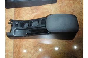б/у Центральные консоли Nissan Primera