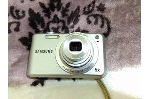 б/у Компактные фотокамеры Samsung ES65 Black