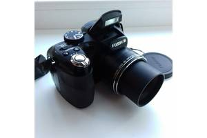 б/у Зеркальные фотоаппараты Fujifilm