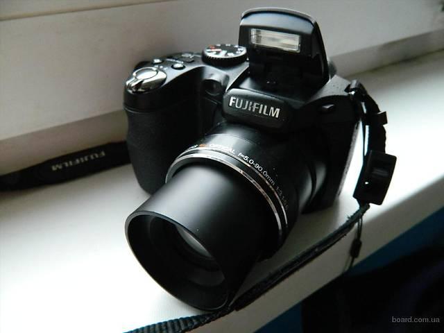 Цифровой фотоаппарат Fujifilm Finepix S2950 - 14 Мп. - Суперзум - в Идеале !- объявление о продаже  в Херсоне