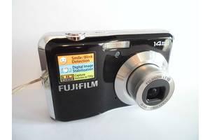 б/у Цифровые фотоаппараты Fujifilm FinePix AV200