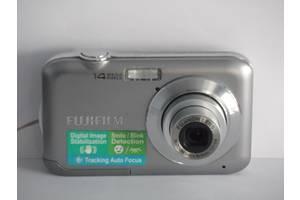 б/у Цифровые фотоаппараты Fujifilm FinePix JV200