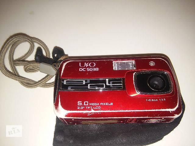 купить бу Цифровой фотоаппарат UFO DC 5038 (раздавлен экран) в Киеве