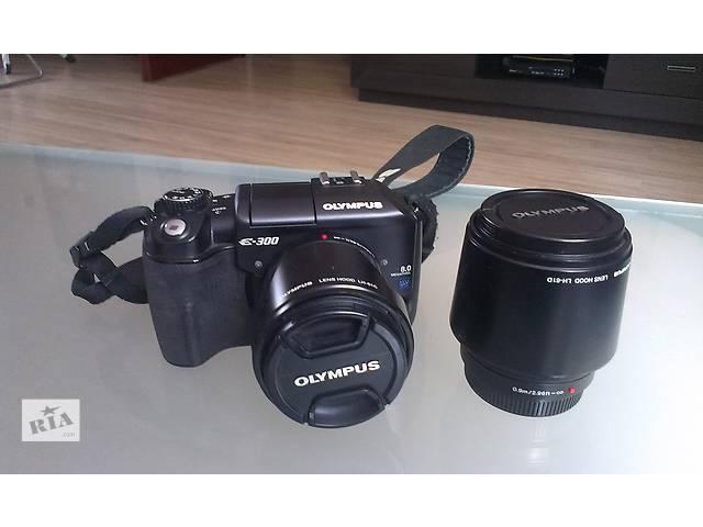бу Цифровой зеркальный фотоаппарат Olympus E-300,Kit(14-42)+Zoom(40-150). в Одессе