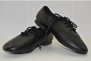 Новые Детские туфли на каблуках