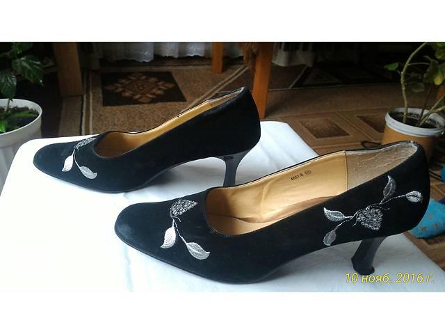 купить бу Туфли женские замшевые в Драбове