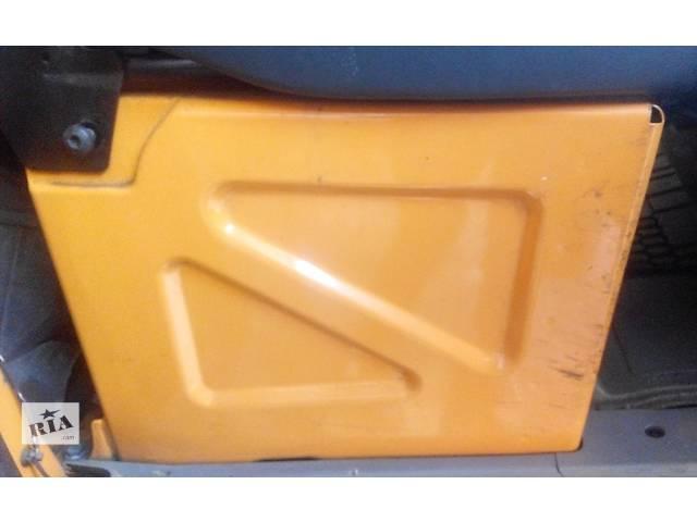 Тумба под сиденье, сидіння Mercedes Sprinter 906 903 ( 2.2 3.0 CDi) 215, 313, 315, 415, 218, 318 (2000-12р)- объявление о продаже  в Ровно