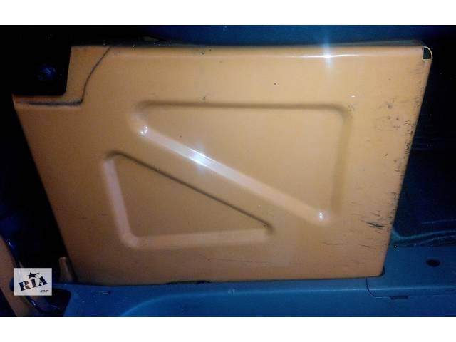 купить бу Тумба под сиденье, сидіння Мерседес Спринтер 906 (215, 313, 315, 415, 218, 318, 418, 518) 2006-12р в Ровно