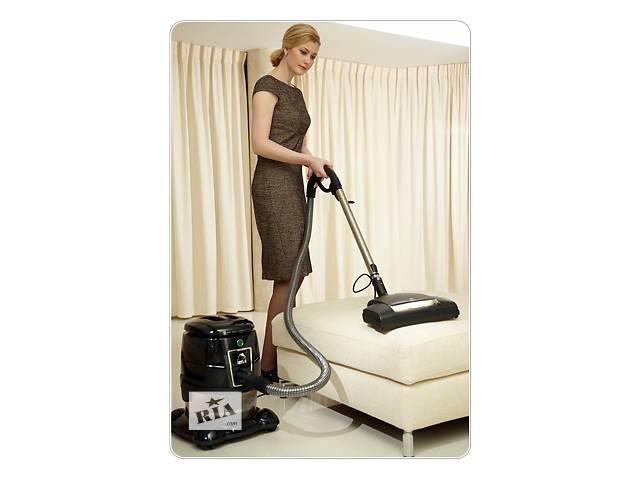 купить бу Уборка,клининг, химчистка и глубинная чистка мебели,кроватей,ковров сепараторным пылесосом Хьюля в Луганской области