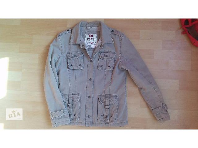 купить бу Удобная куртка грязно-бежевого цвета в Киеве