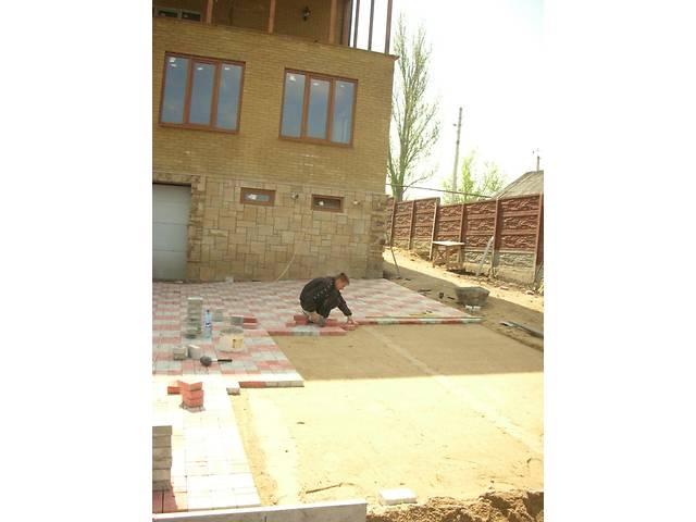 купить бу Укладка плитки тротуарной, мощение  в Украине