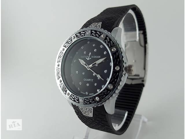 купить бу Ulysse Nardin - Star на черном каучуковом ремешке, серебристый корпус с кристаллами в Харькове