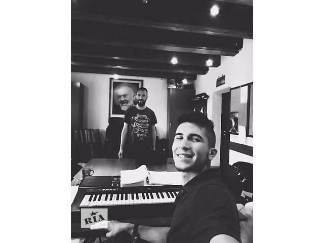 бу Уроки Эстрадного Вокала по скайпу - Американский метод : Seth Riggs, Brett Manning , вокальный коучинг  в Украине