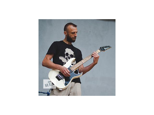 продам Уроки игры на гитаре. Первый - бесплатно. бу в Ровно