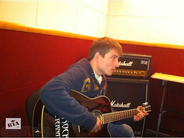 Уроки игры на гитаре для новичков в соломянском районе Киев.- объявление о продаже  в Киеве