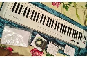 б/у MIDI клавіатури Samson