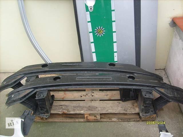 купить бу  Усилитель переднего бампера для Mercedes Vito в Мукачево