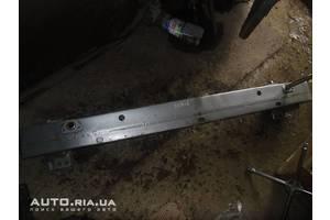 Усилители заднего/переднего бампера Toyota Auris