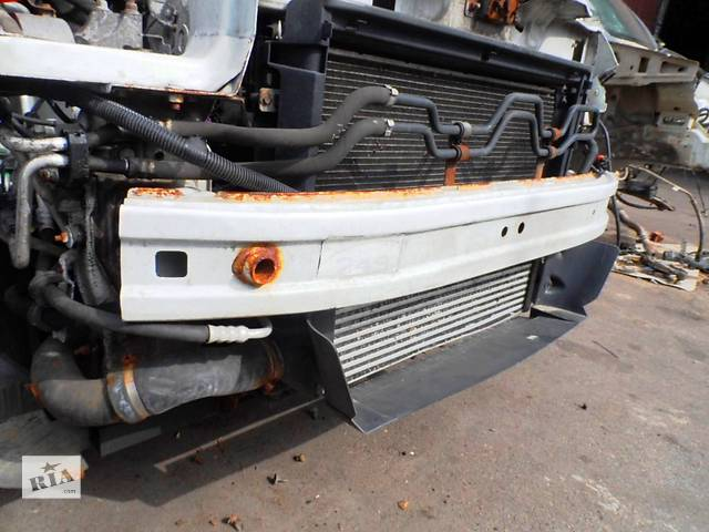 купить бу Усилитель переднего бампера Фіат Фиат Добло Новый кузов 263 Fiat Doblo Nuovo 263 2009-2014 в Ровно