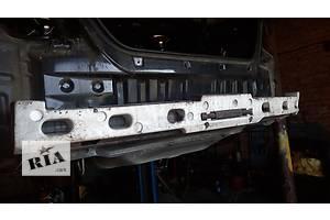 б/у Усилители заднего/переднего бампера Toyota Camry