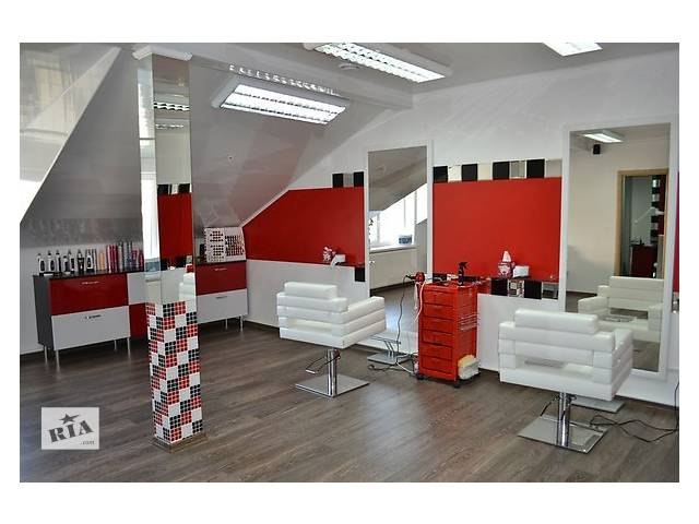 В салон краси barbiere потрібен перукар-універсал.- объявление о продаже  в Тернополе