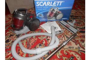Новые Пылесосы для сухой уборки Scarlett