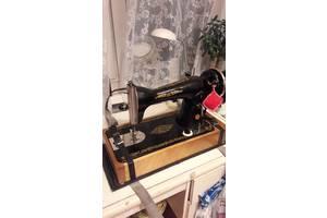 б/у Ручная швейная машинка