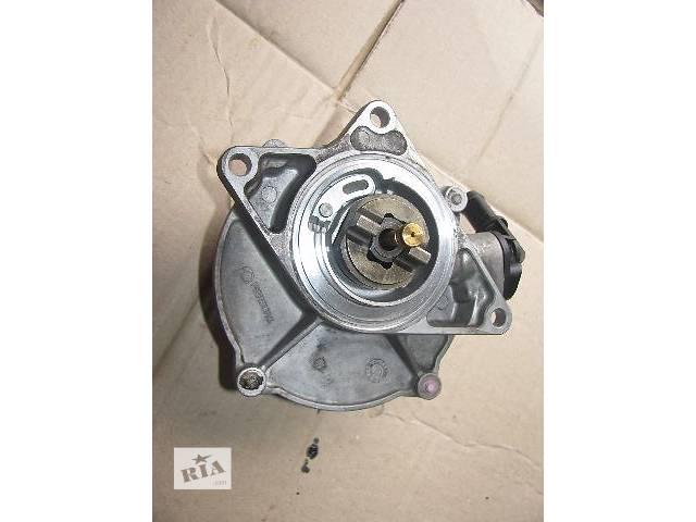 купить бу Вакуумный насос для Audi A6, 2.5tdi, 057145100B в Львове