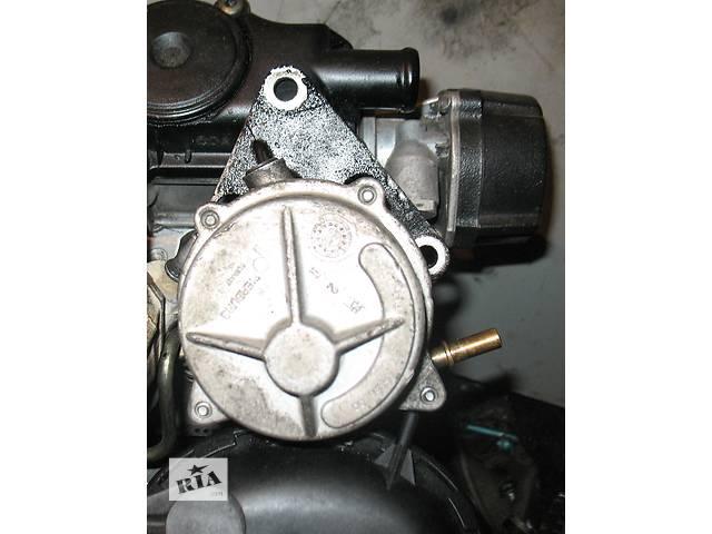 бу Вакуумный насос для легкового авто-1.9D--(XUD9-DW8)-TD-- 1.6HDI-- Fiat Scudo в Хмельницком