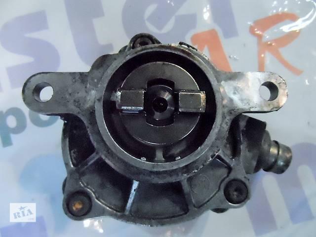 купить бу Вакуумный насос на Рено Мастер Renault Master Opel Movano Опель Мовано 2.5 dCI 2003-2010 в Ровно