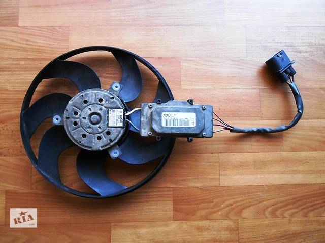 продам  Вентилятор осн радиатора Volkswagen Touareg Туарег 2002-2009 г.в. бу в Ровно