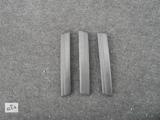 купить бу Верхняя часть кожуха ручки Volkswagen Touareg (Фольксваген Туарег) 2003г-2006г. в Ровно