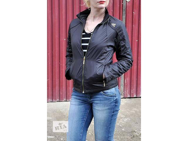 купить бу Весенняя спортивная черная куртка adidas. р. м в Черновцах